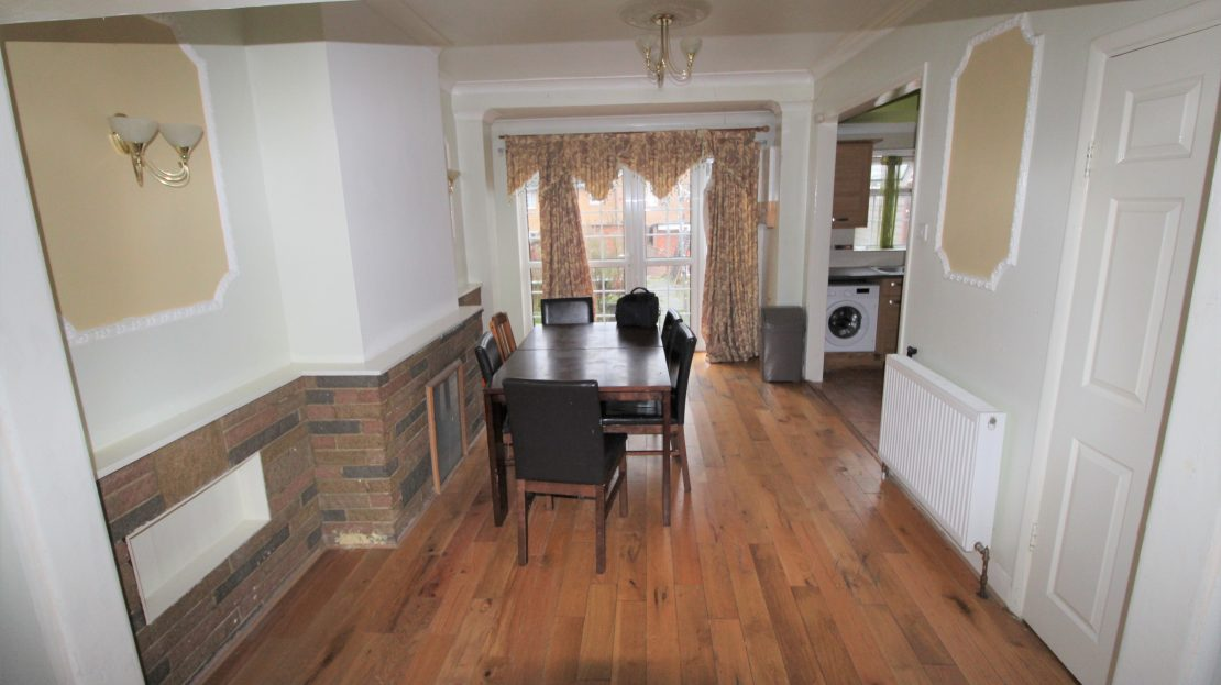 Large 4 bed House in Southwark SE15 Reception 2