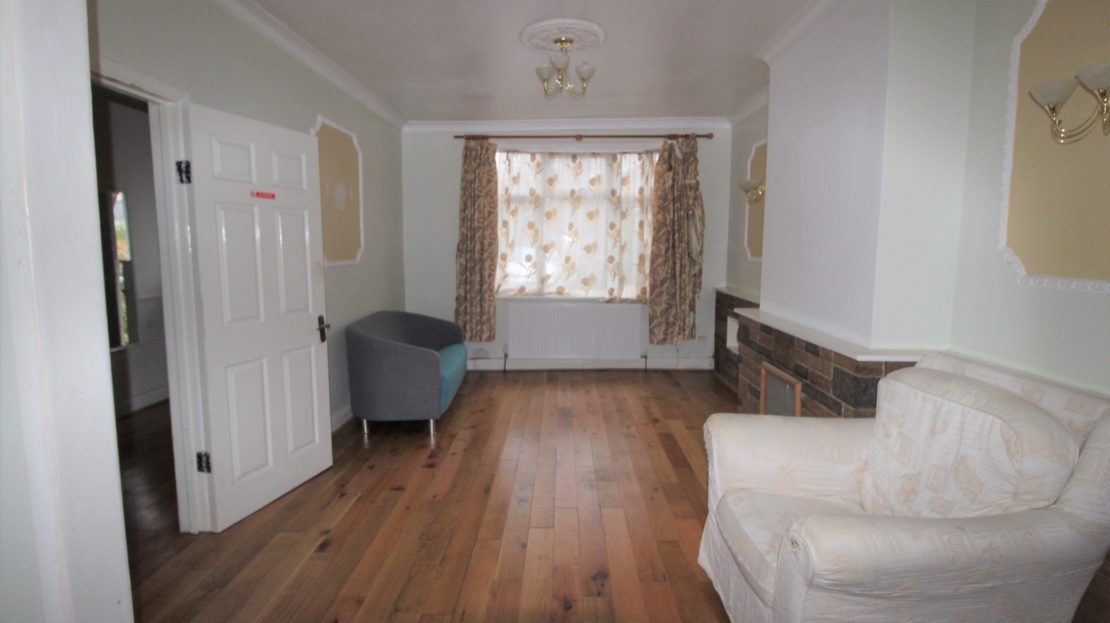 Large 4 bed House in Southwark SE15 Reception