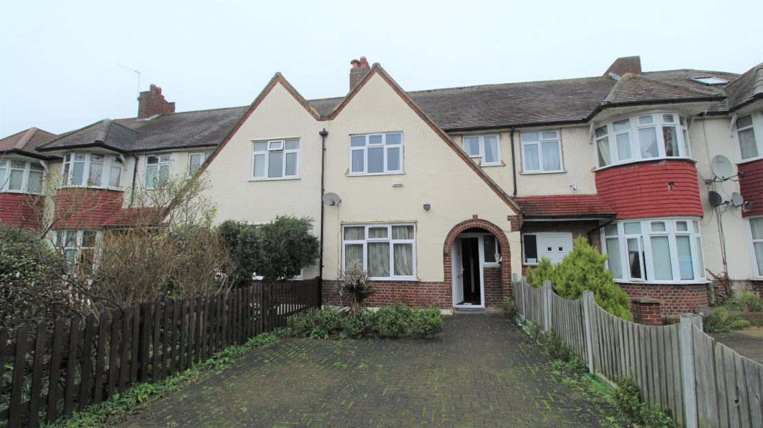 Large 4 bed House in Southwark SE15 front