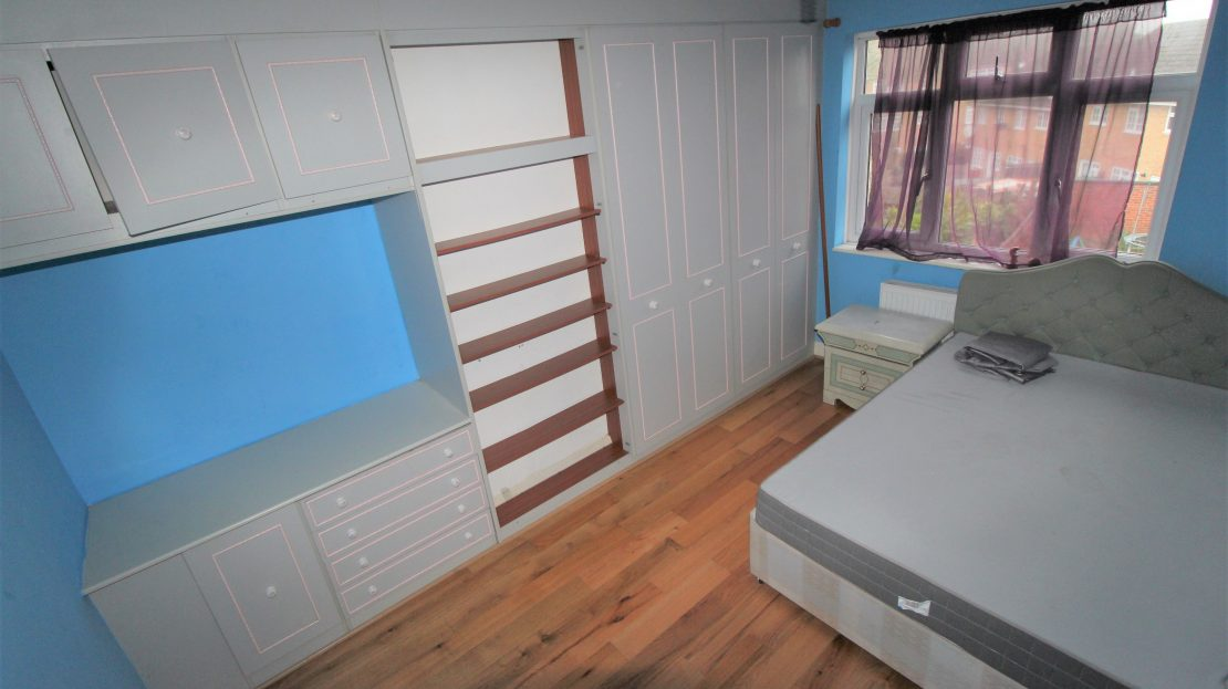 Large 4 bed House in Southwark SE15 bedroom 3